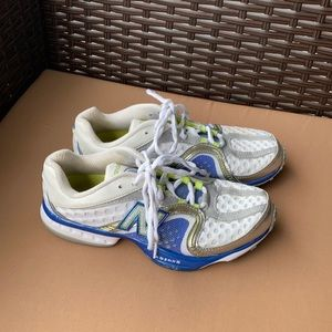 Size 6.5 New Balance Speed 805 runners
